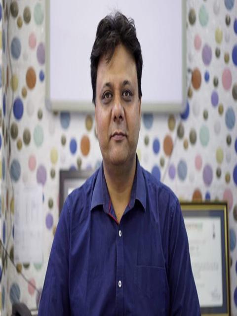 Dr. Navneet Jain