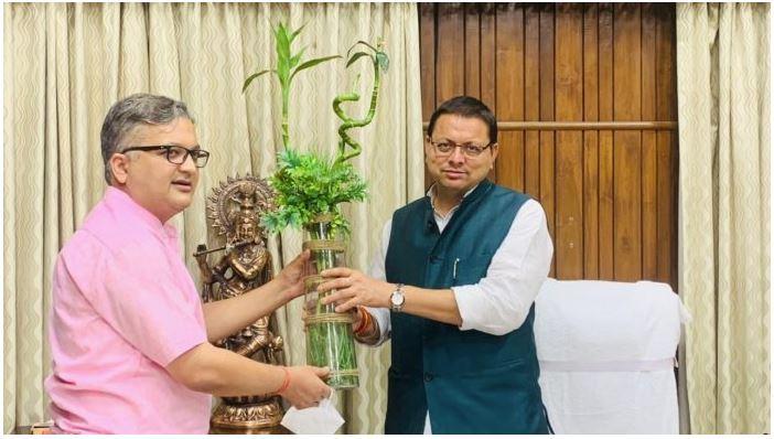 dr. vipul kandwal, best gastro doctor in dehradun(uttarakhand)